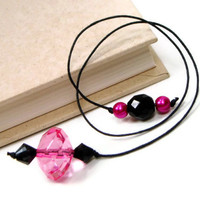 Book Thong Beaded Bookmark, Book Cord, Book String, Gift under 5, Pink, Black, TJBdesigns, Teacher Gift