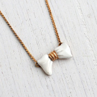Vintage Bow Necklace - 1980s Gold Tone White Enamel Costume Jewelry / Dainty Feminine Bow Tie