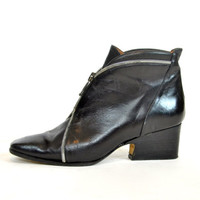 buttery BLACK LEATHER oxford minimalist ZIPPERED ankle boot, size 6 36 4