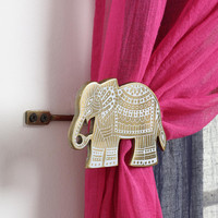 Etched Elephant Curtain Tie-Back - Urban Outfitters