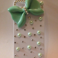 Mint pearl and crystal iPhone 5/5s case