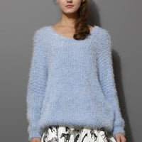 V-Neck Fluffy Oversize Sweater in Blue