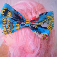 Girls hair bow / DC Comics / Batgirl / Wonderwoman / Supergirl / Marvel Hair bow / super heroines / super hero hair bow
