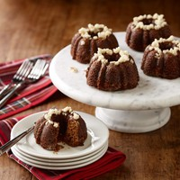 Sweet Things Mini Gingerbread Bundt® Cakes