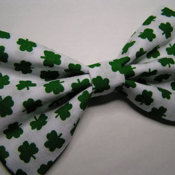 Green Clover Hair Bow 5x3inches,Fabric Hair Bow,Fabric Bow, Bows for Kids, Hair bows, St Patricks day