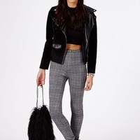Missguided - Weronika Dogtooth Check Skinny Trousers In Black