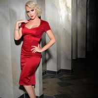 Pris Dress in Red Knit and Satin