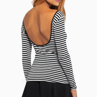 Easy Days Top $26