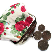 Small Fabric Coin Purse - Pink and Red roses on cream fabric - kiss clasp frame- UK Seller