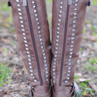 RESTOCK: Talk Of The Town Boots: Chocolate