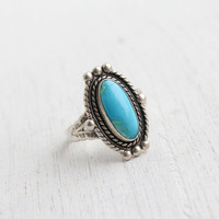 Vintage Sterling Silver Turquoise Blue Stone Ring - Retro Size 7 1/2 Native American Tribal Style Jewelry / Filigree Metal