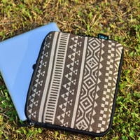 iMo Pyramid tablet sleeve/ iPad 2 3 4 Case / iPad Cover /10 inch Tablet Sleeve /Fire HD Case /Nexus 10 Case /Netbook 10 Laptop