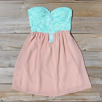 August Glow Dress in Mint