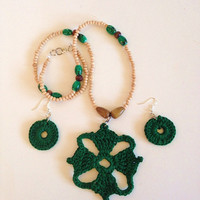 The Four Winds Emerald Crochet Necklace Set