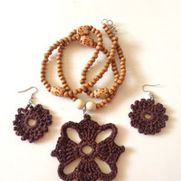 The Four Winds Brown Crochet Necklace Set