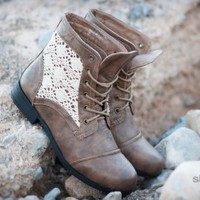 Bumper Freda36a Crochet Round Toe Lace Up Bootie - Shoes 4 U Las Vegas