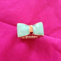 NWOT! Forever 21 Mint Bow Elastic Ring
