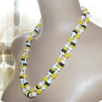 Vintage 50s 60s Double 2 Strand Novelty Beaded Necklace Choker Yellow Black & White Faceted