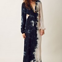 Tie Dye Twist Bell Sleeve Maxi Dress