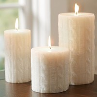 SPARKLE CABLE KNIT PILLAR CANDLE
