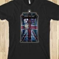 Tardis Doctor Who WITH UNION JACK British FLAG PAINTINGS TEE TSHIRT