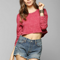 Truly Madly Deeply Long-Sleeve Super-Cropped Tee - Urban Outfitters