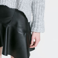 FRILLY FAUX LEATHER SKIRT