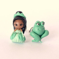 Tiana the princess and the frog stud earring