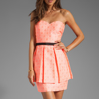 DV by Dolce Vita Amica Neon Tapestry Strapless Dress in Neon Coral