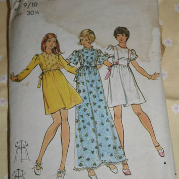 Teen Peasant Dress Vintage 70sPattern Butterick 3095 Size 9/10 30 1/2 inch bust Boho Lolita Style