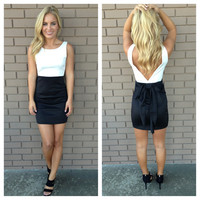 White & Black Bow V-Back Dress