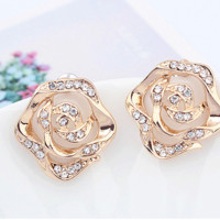 Rose With Rhinestone Heart Fashion Earrings