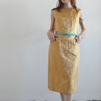Saks of Gold Aka the Grass is Golder by VeraVague on Etsy