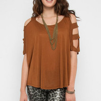 Chutes and Ladder Sleeve Top in Brown :: tobi