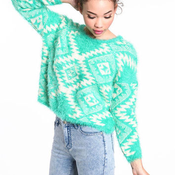 TRIBAL FUZZY CROPPED SWEATER