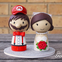 Cute Super Mario wedding cake topper Bride and Groom (Mario)