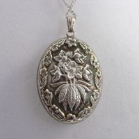Vintage Sterling Silver Pendant Puffy Floral Repousse Sterling