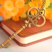 Retro bronze imperial crown key jewelry-Key necklace-Heart-shaped necklace-Friendship gift,lover gift--- N081