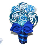 #wedding #weddingplanning #engaged #lollipopbouquet #candybouquet #bouquet #bride #bridal #bridesmaid #weddingparty #rehearsal #blue