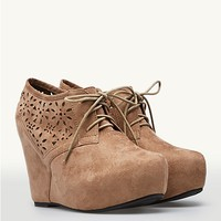 Flower Perforated Platform Wedges