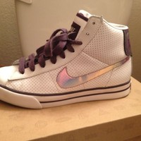 White Dark Raisin Grand Purple Nike Womens Sweet Classic High Top Size 7.5