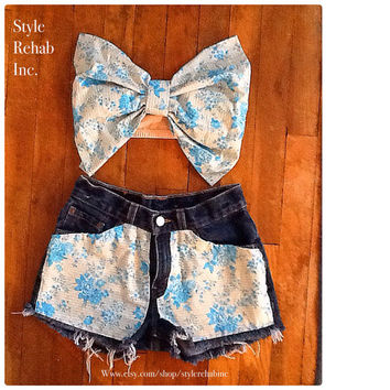 Aqua Floral Bow Top & Matching High waisted Shorts. 1.